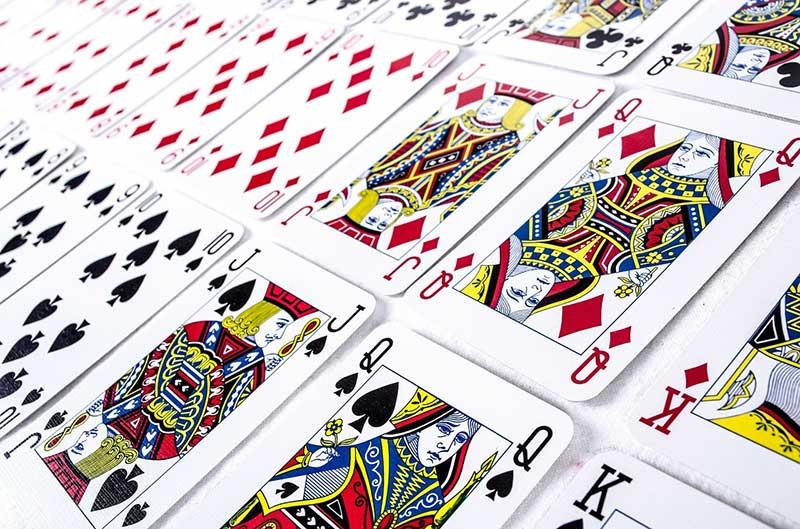 L'importanza della fase iniziale in una partita di burraco